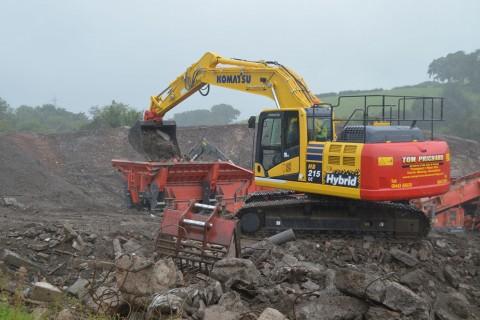 Tom Prichard Contracting Limited excavator hybrid