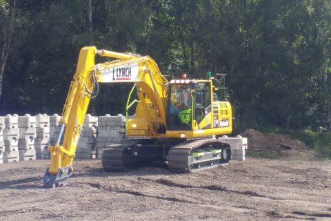 Lynch Plant hire Komatsu hybrid excavator